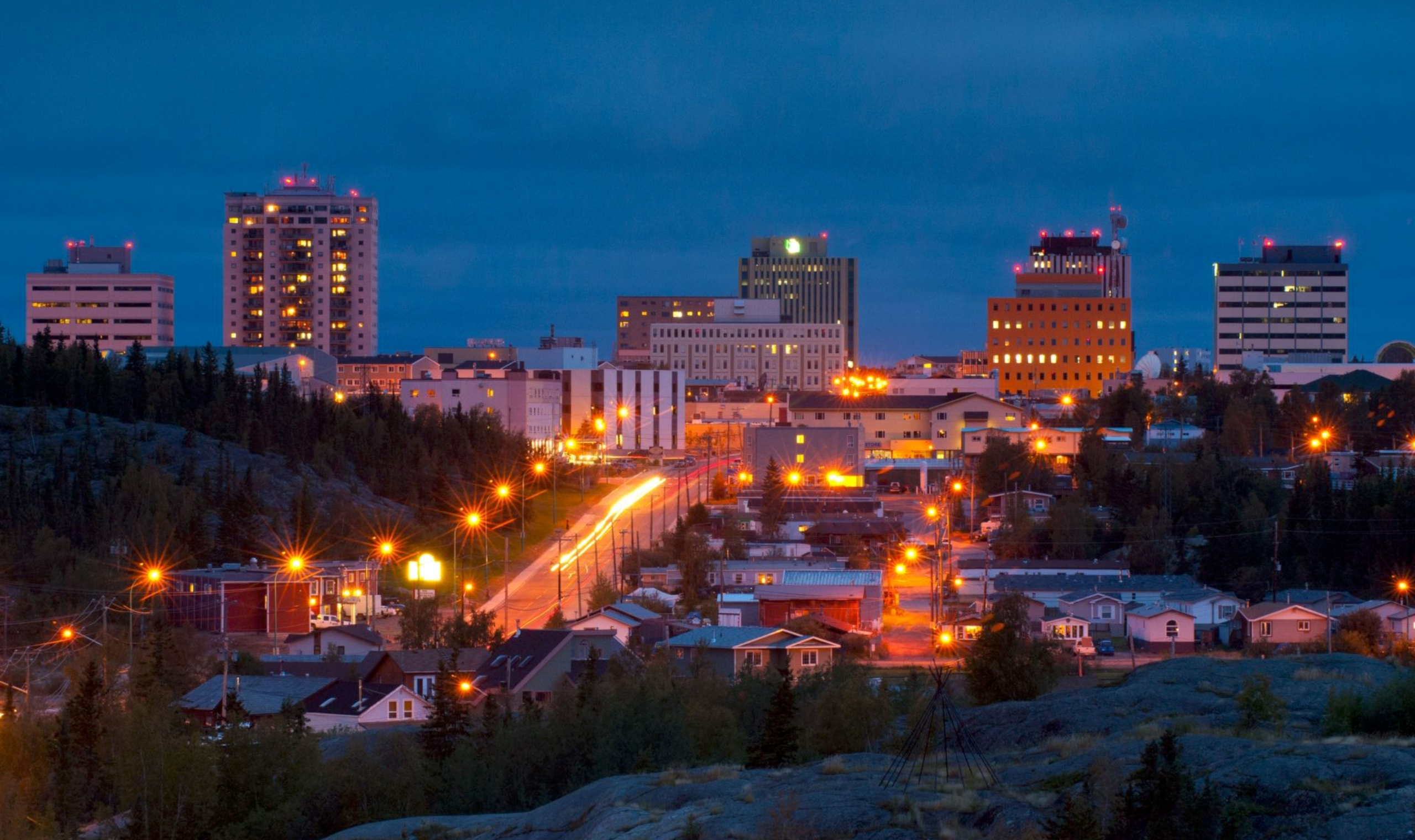 Yellowknife Tours Canada Canadianaffair Com