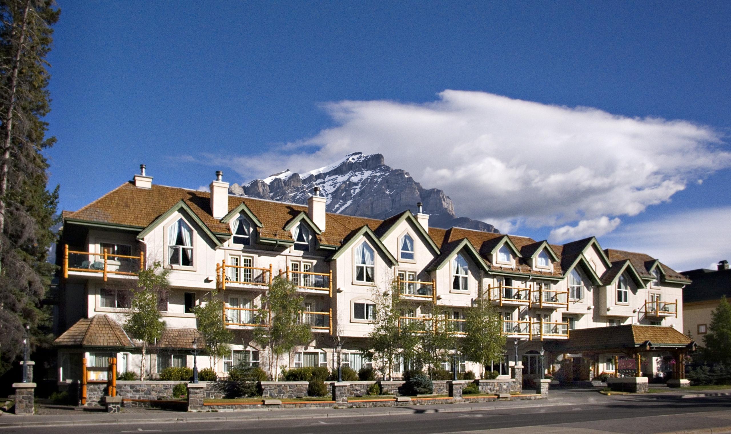 Rundlestone Lodge Banff Canadian Affair