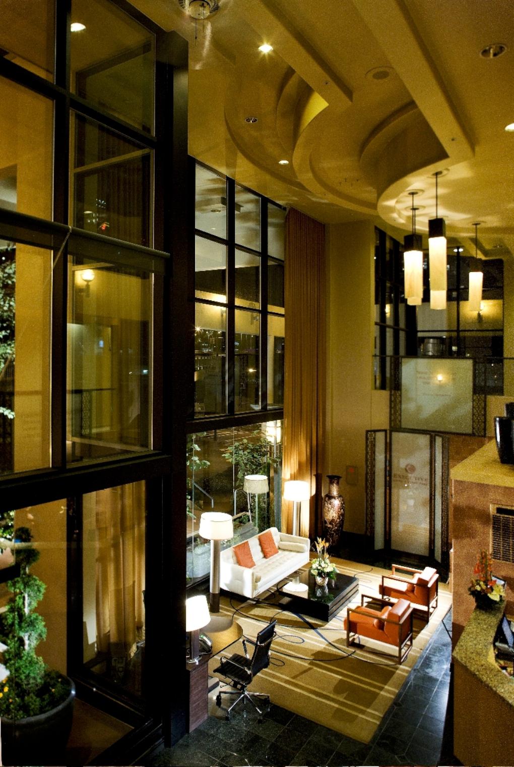 executive hotel vintage park vancouver canadian affair. Black Bedroom Furniture Sets. Home Design Ideas