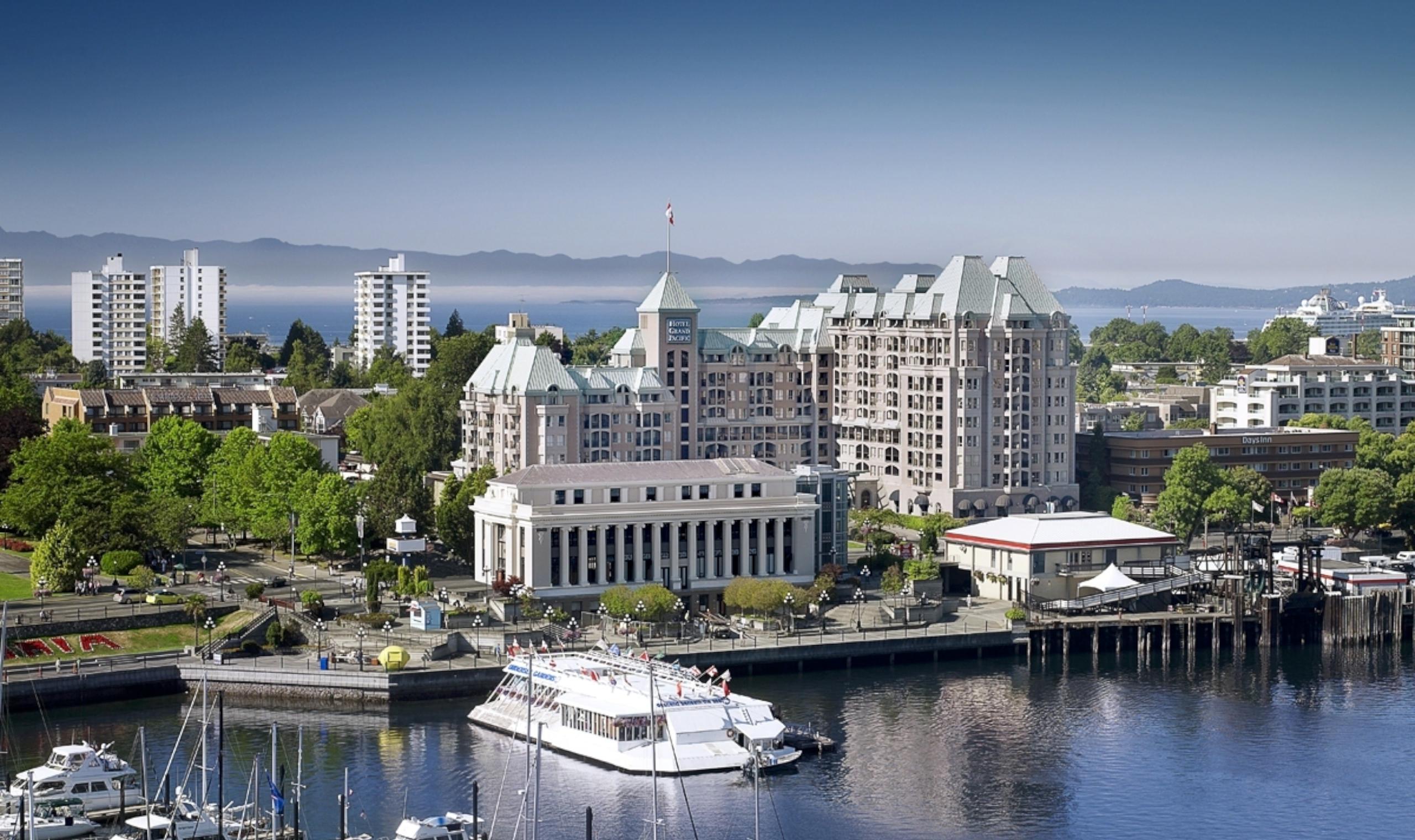 Hotel Exterior: Hotel Grand Pacific - Victoria