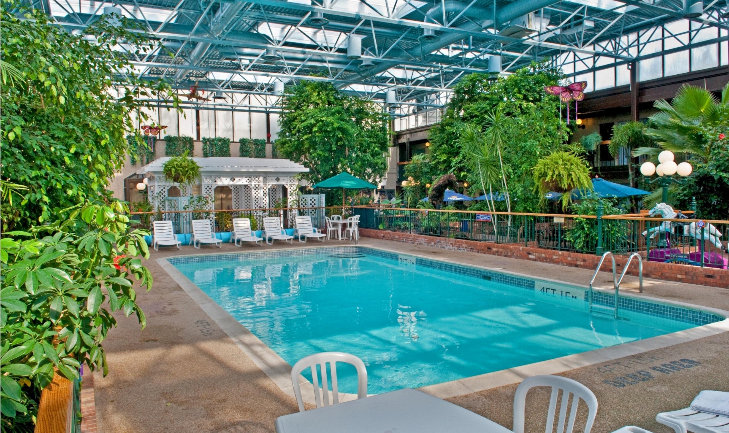 Best Western Plus Cairn Croft Hotel Niagara Falls Canadian Affair