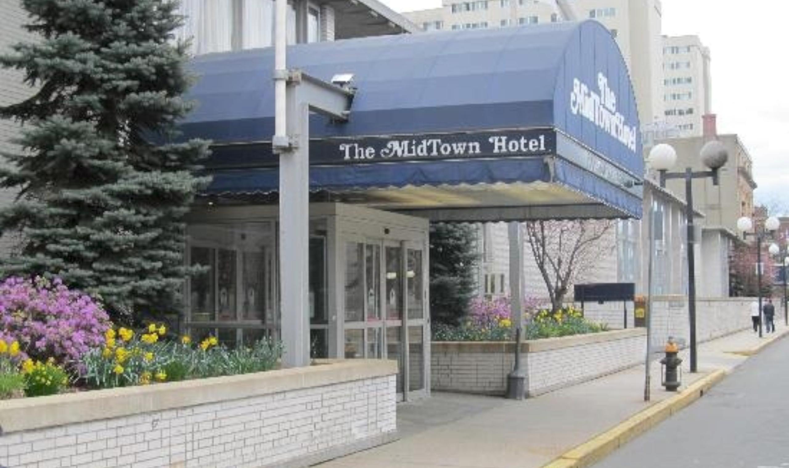 The Midtown Hotel Canada Canadian Affair