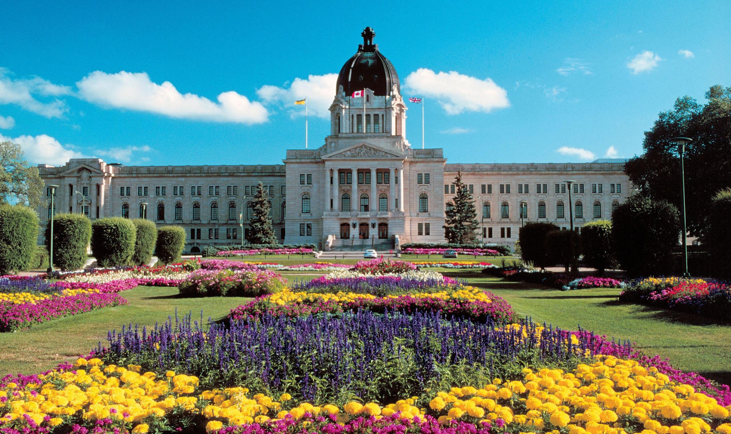 Holidays To Regina Saskatchewan Canadianaffair Com