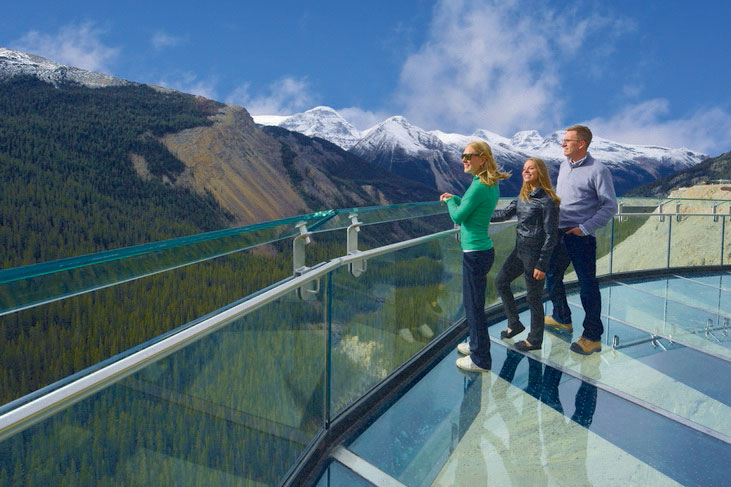 Canada Affair offers a wide range of escorted Canada tours
