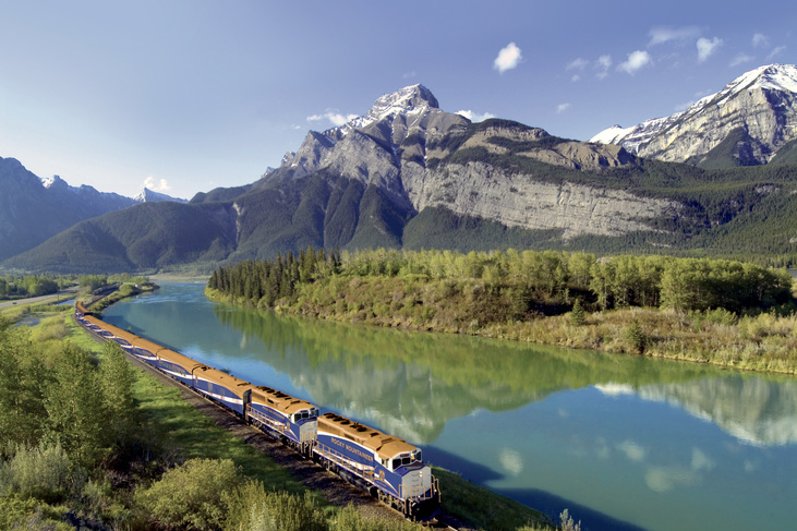 rail holidays in canada