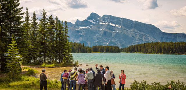 Tailor-made Canada tours