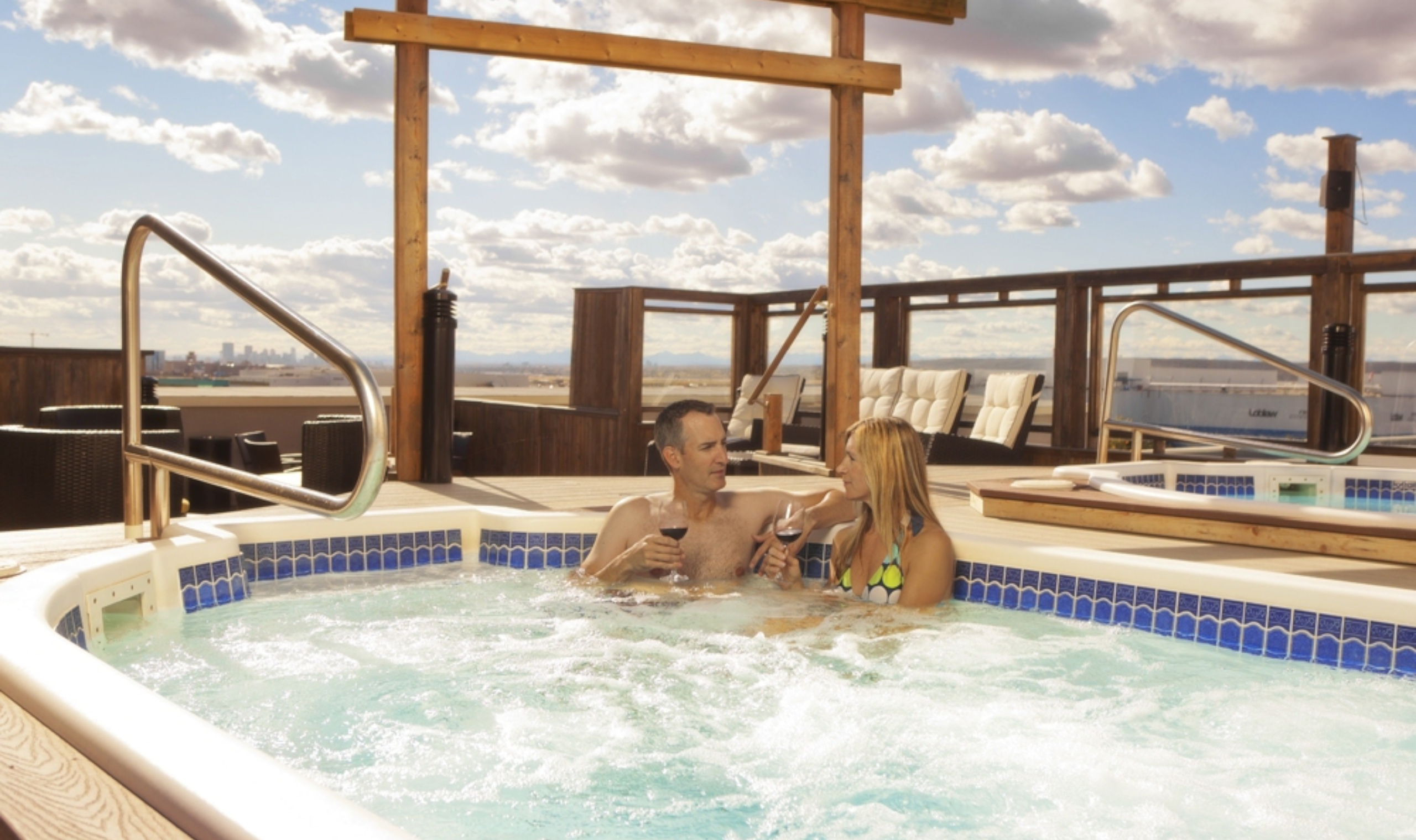 Hotels With Jacuzzi In Room Calgary
