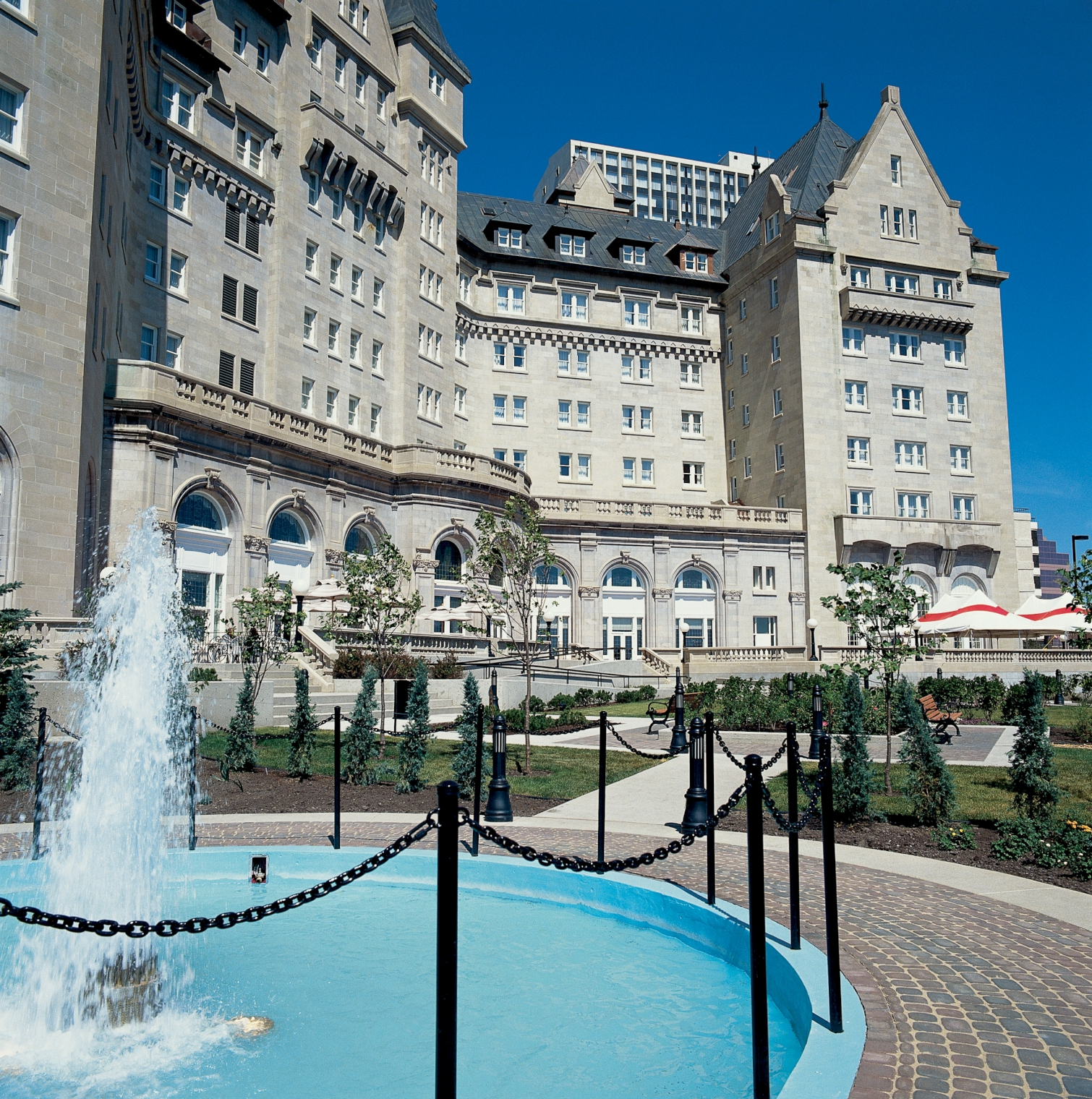 Farmers Only Reviews >> Fairmont Hotel Macdonald - Edmonton | Canadian Affair