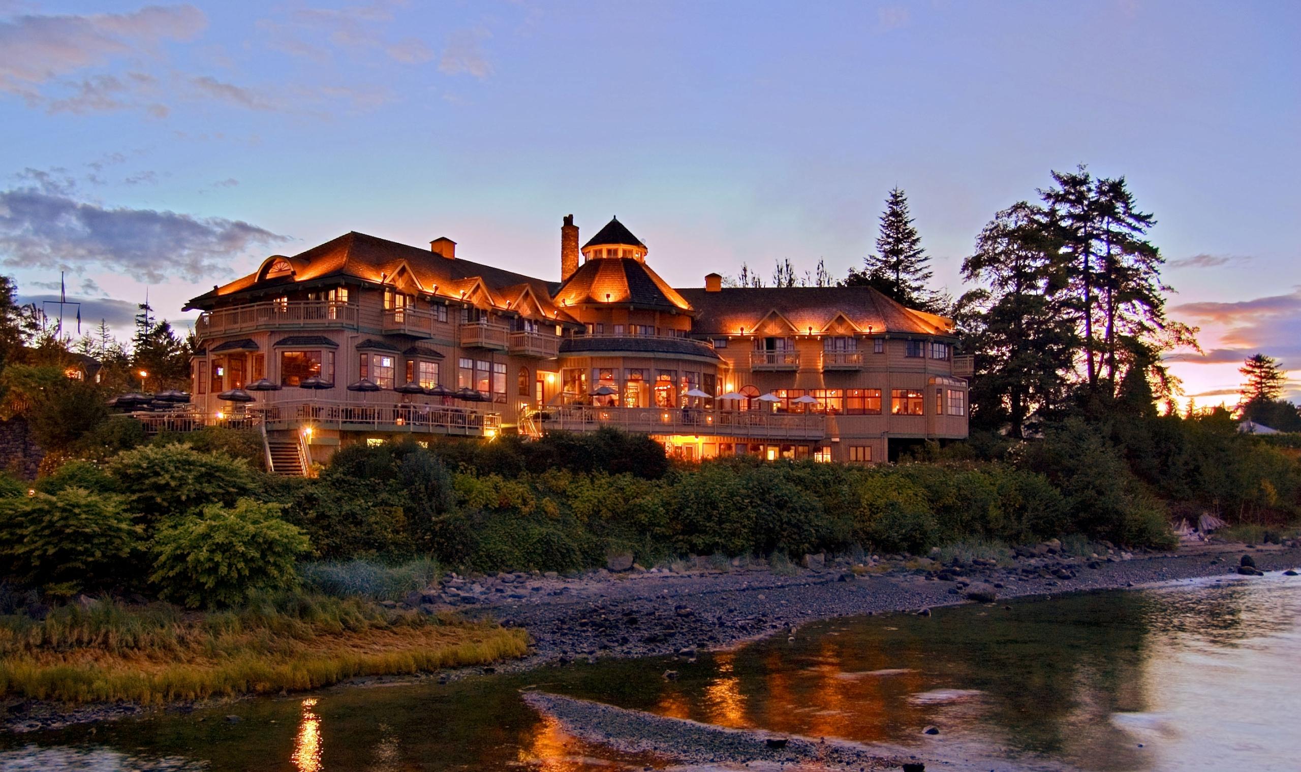 Painter's Lodge - Canada | Canadian Affair