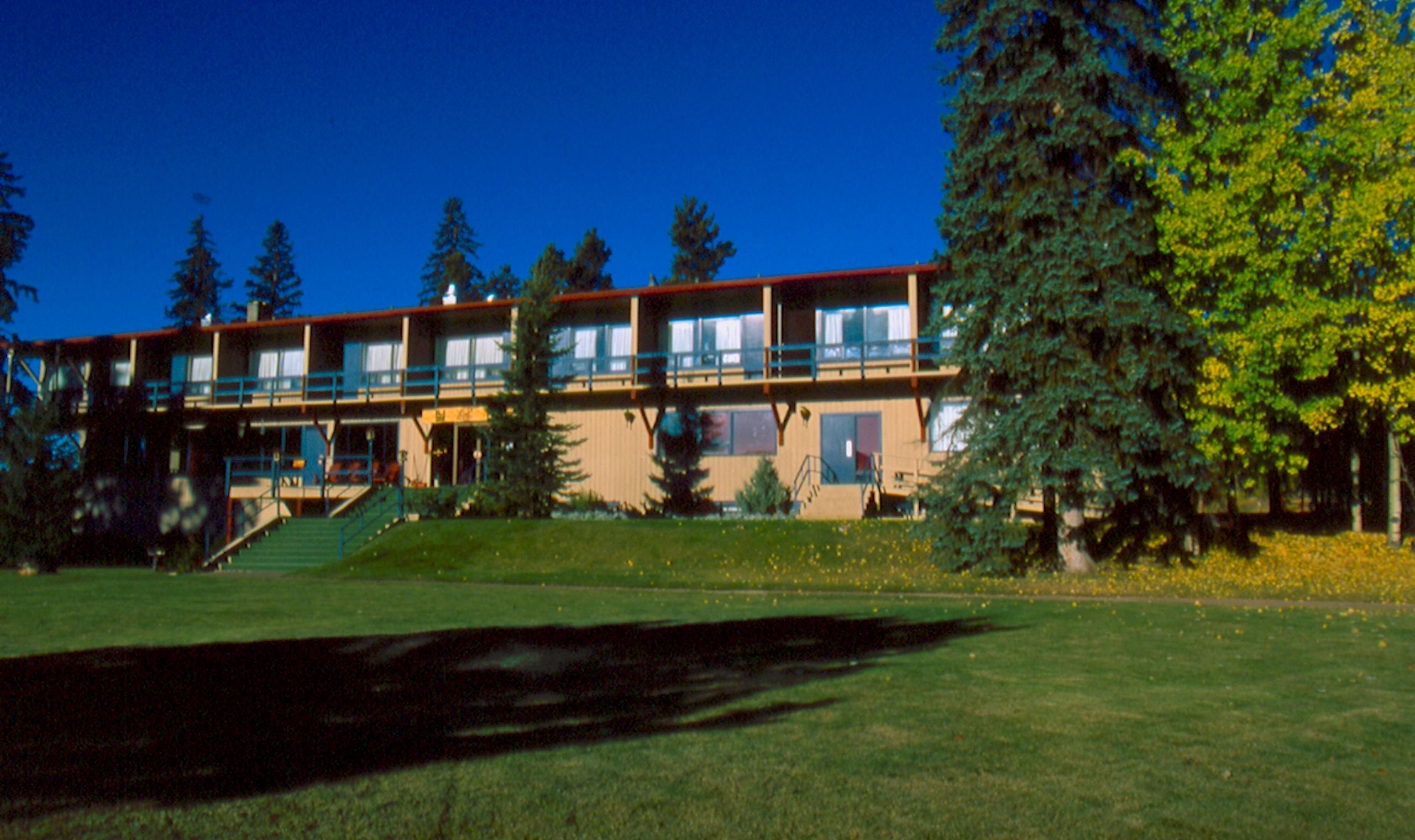 Hotel Exterior: Lac Le Jeune Resort - Kamloops