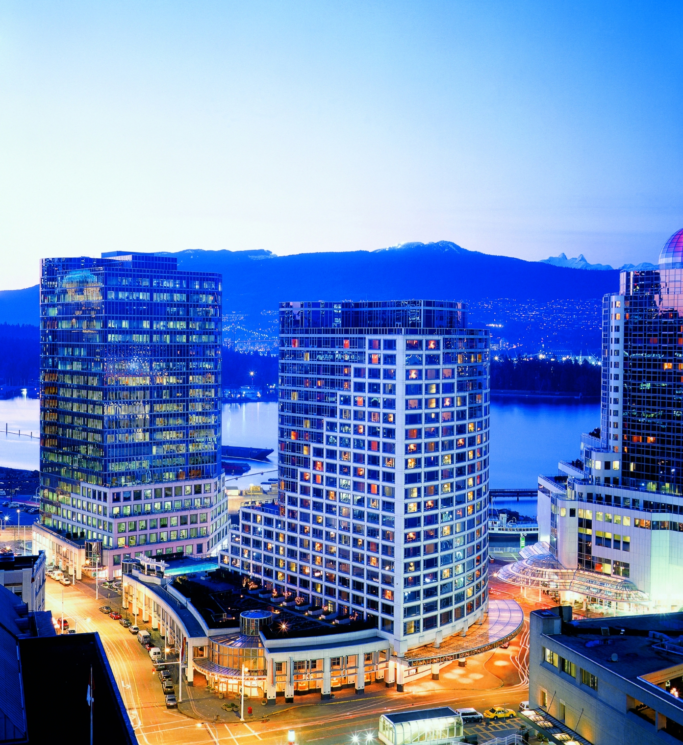 Vancouver Bc Canada: The Fairmont Waterfront - Vancouver