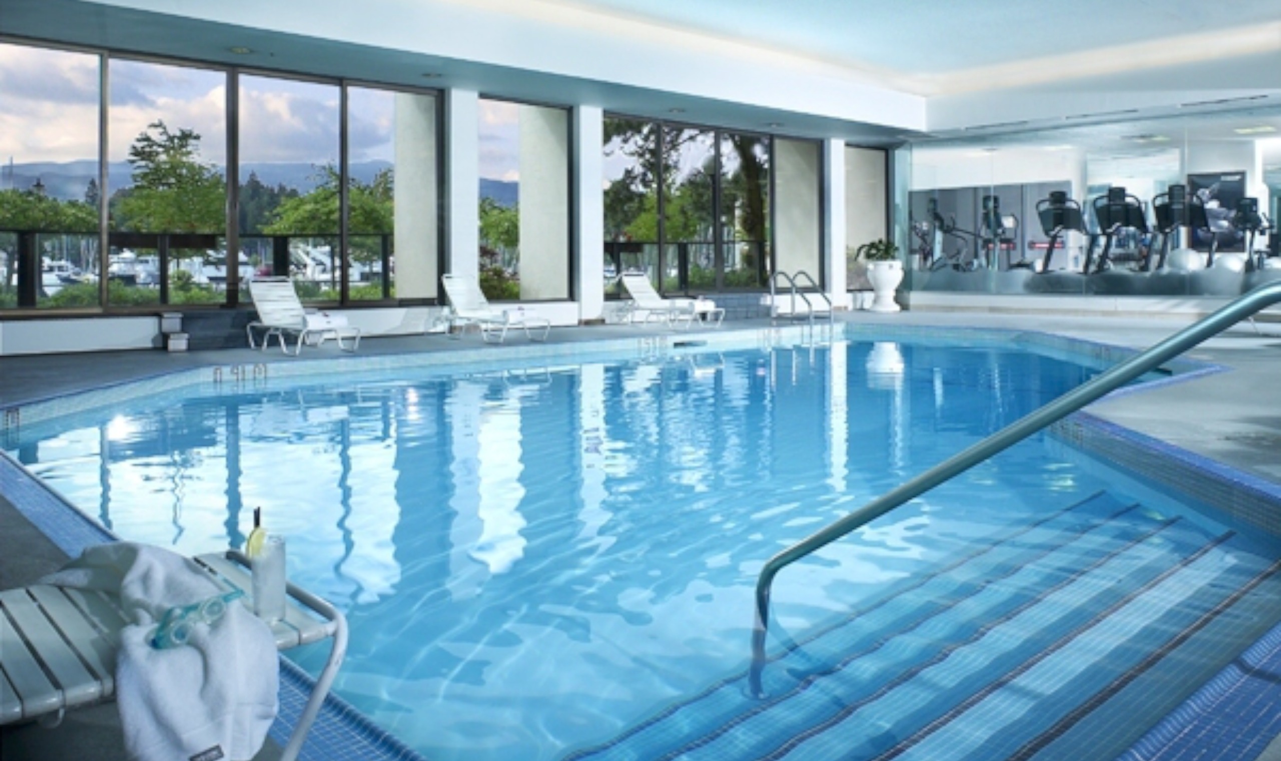 The westin bayshore vancouver canadian affair for Indoor swimming pools vancouver