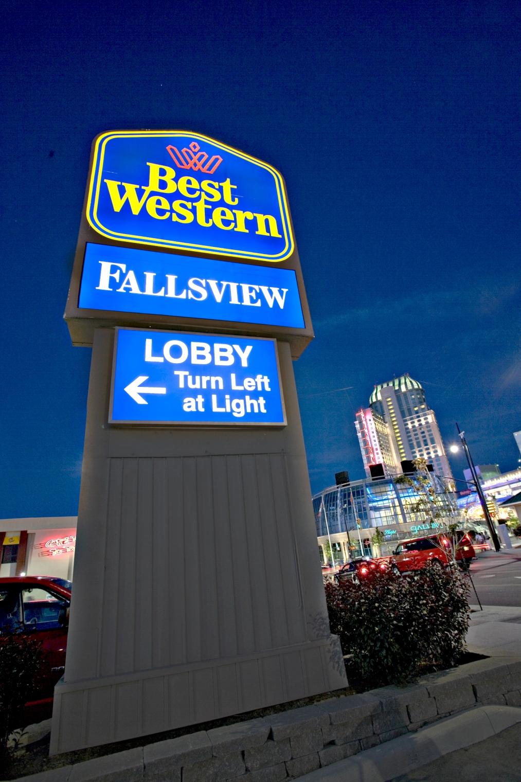 Best Western Fallsview Niagara Falls Canadian Affair