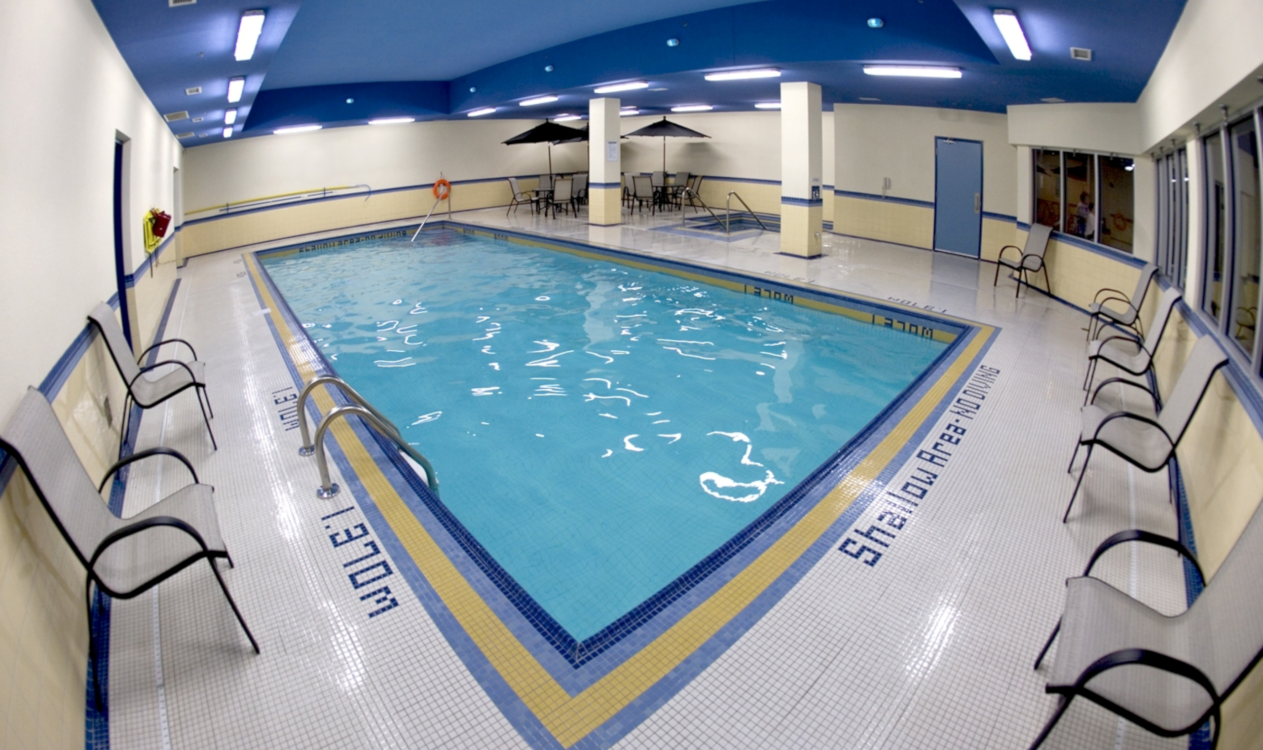 Best western fallsview niagara falls canadian affair - Victoria park swimming pool price ...