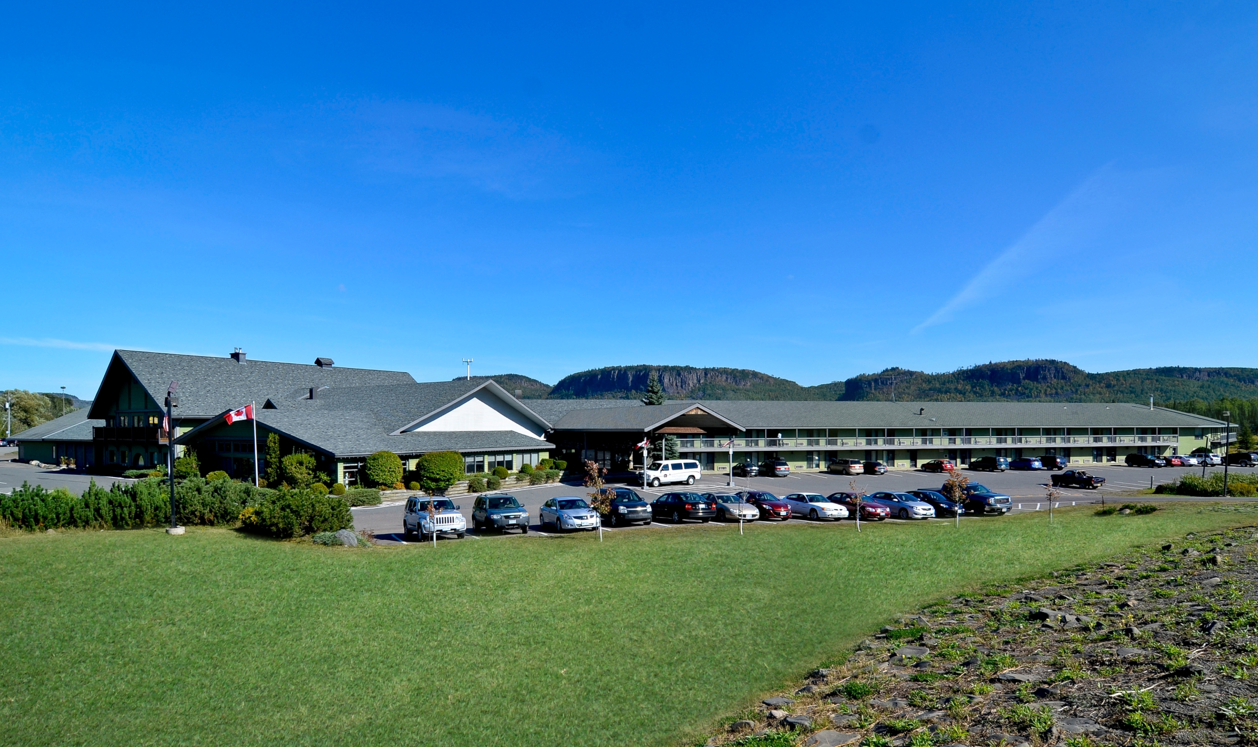Thunder Bay Hotels By Airport