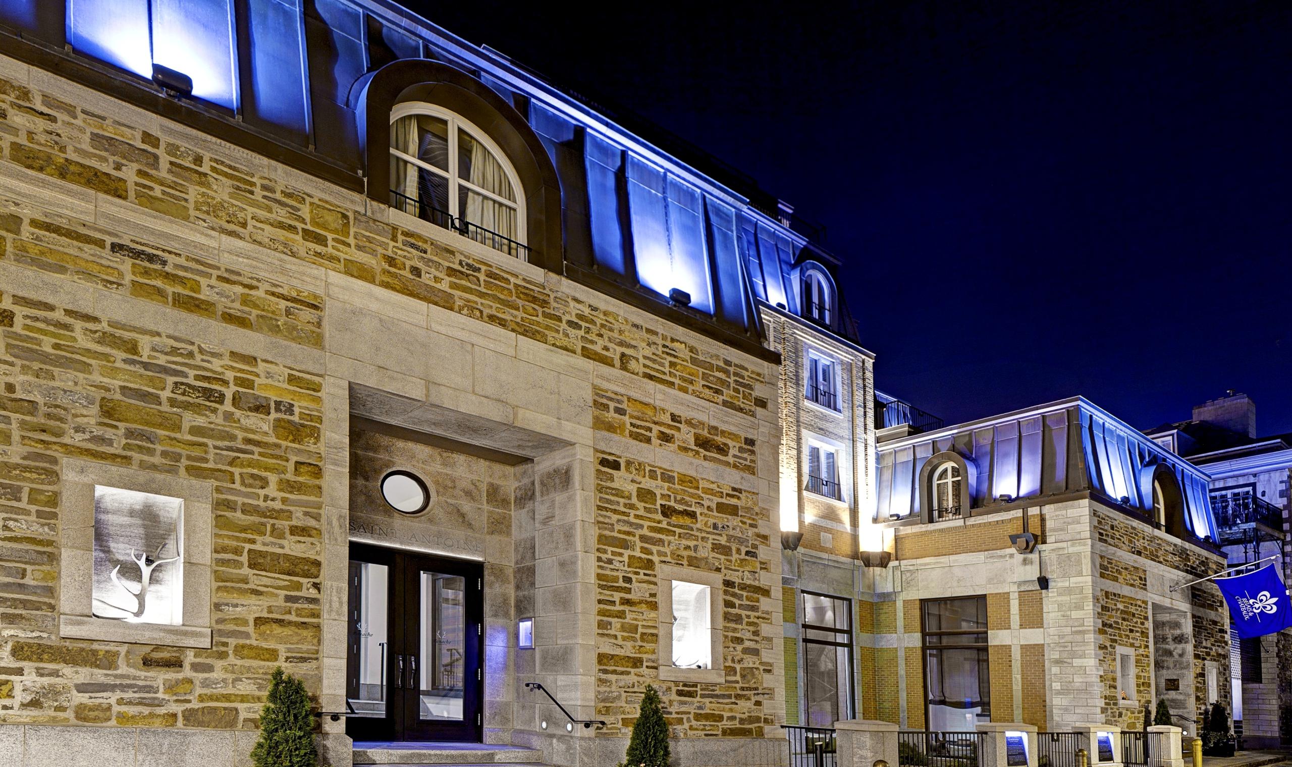 Auberge saint antoine quebec city canadian affair for Design hotel quebec city